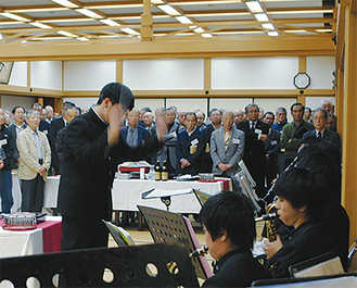 音楽部は、今年度から校外活動を活発化。「一歩踏み出した姿をOBの方々に見せられて良かった」と部長の下島優太さん