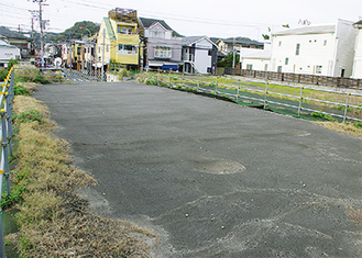 駐車場になる予定の土地