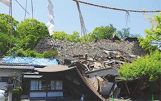崩れた熊本城の石垣