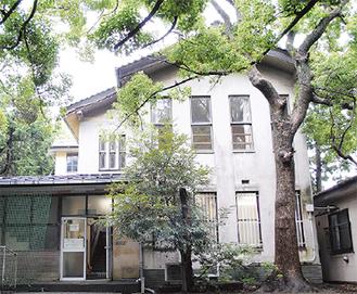 旧町立図書館(市内御成町)