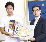 「鎌倉パズル」を小学校に寄贈