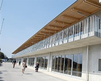 2階建ての解放感ある新校舎