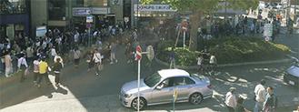 4日の鎌倉駅西口前。通りの向かい側まで長蛇の列が続いた