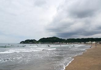 季長が身を清めた由比ヶ浜