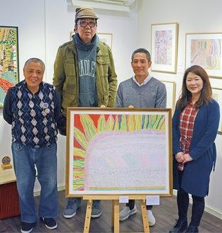 左から村田さん、加田さん、岩立理事長、須田さん