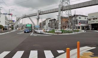 3月27日には台2丁目交差点から車道本線と県道小袋谷藤沢線を結ぶ側道が供用開始した