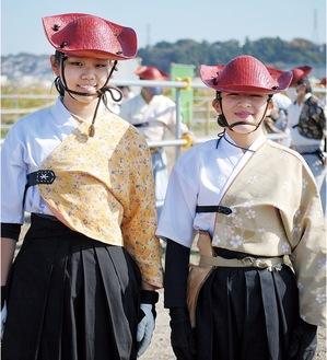 勝間田さん(右)と菊池さん