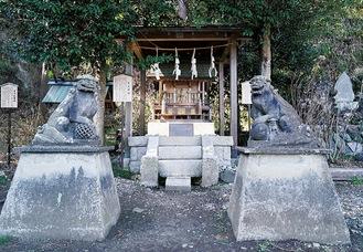 御霊神社境内の「石上神社」