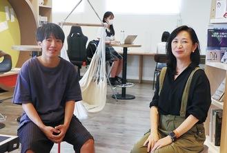運営する関口さん(左)と山田さん =24日・はじまる学び場