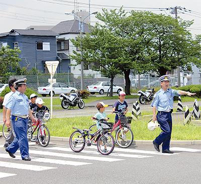 「交通安全」知る夏の一日