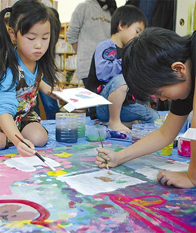 小学生15人で壁画
