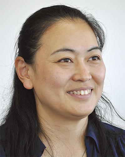 西野 奈津子さん