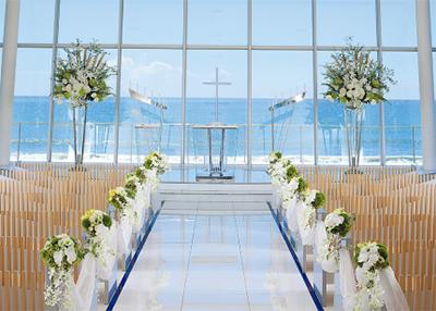 海を臨むホテルで花嫁体験