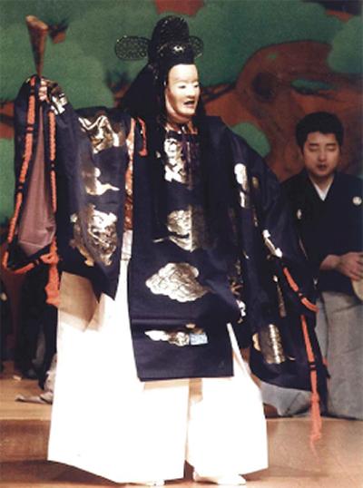鎌倉薪能を開催