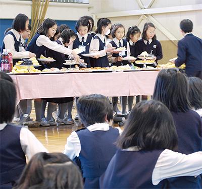 清泉小児童が「格差体験」
