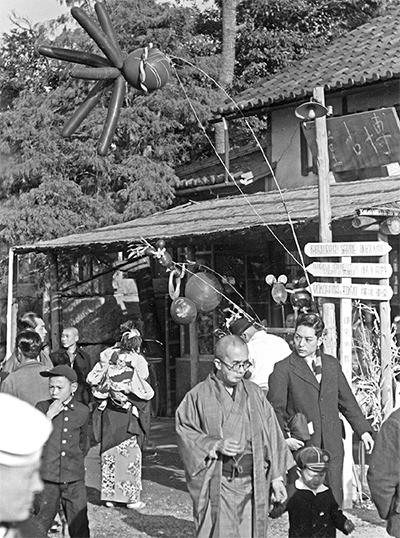 鎌倉風景  around 1955