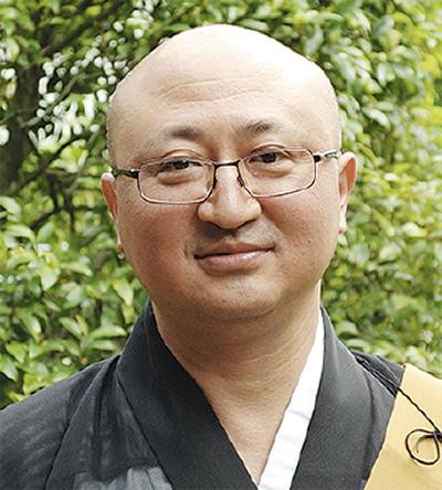 山田 嗣 会長