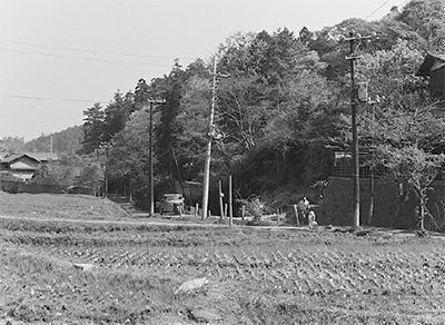 瓜ヶ谷の今昔を野外展示