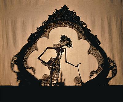 琵琶と人形の語り舞台