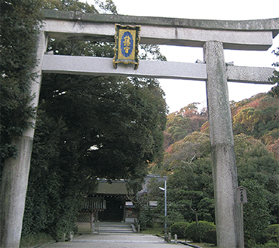 鶴岡八幡宮と石清水八幡宮
