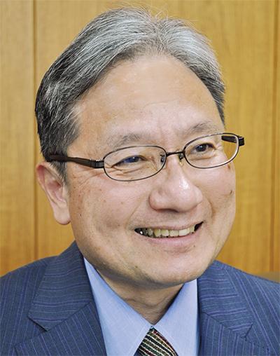 楢井 進さん