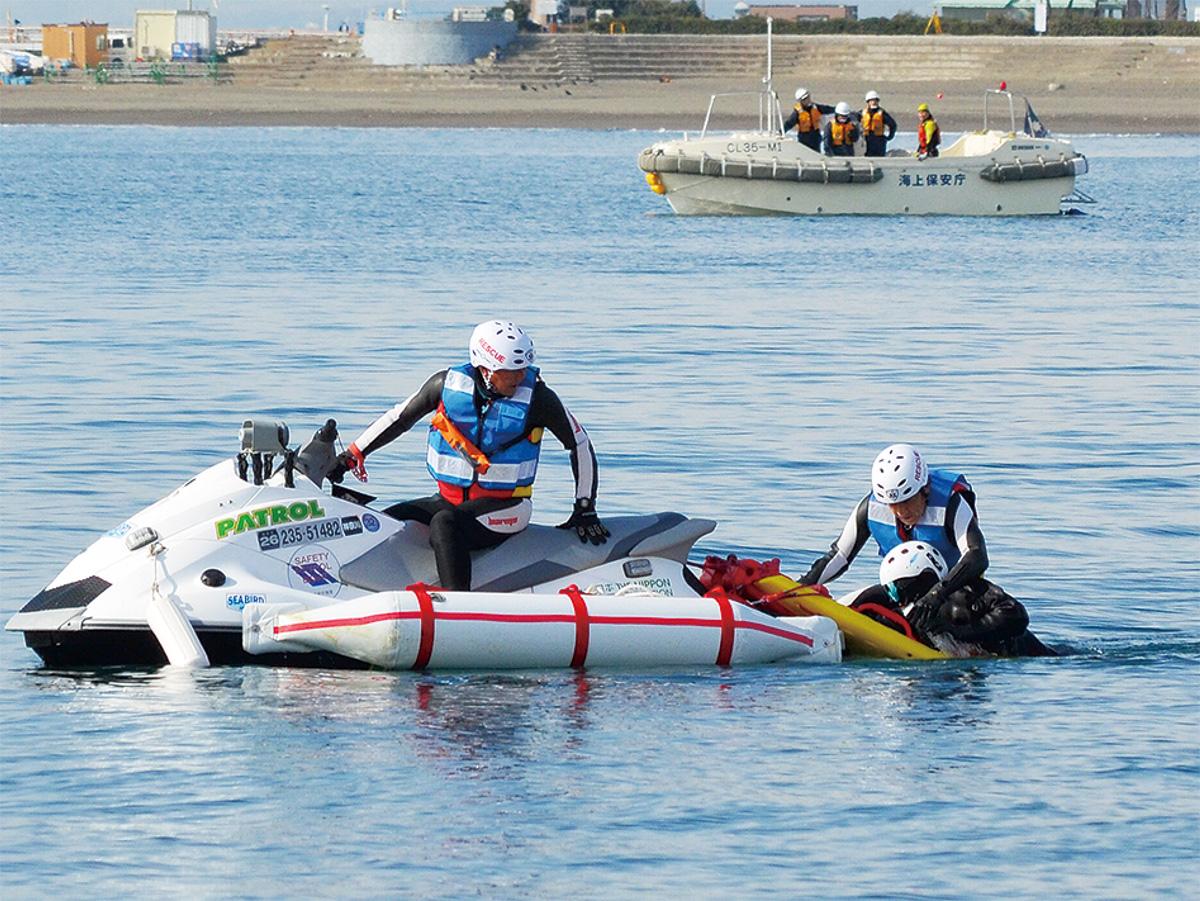 水難事故想定し訓練