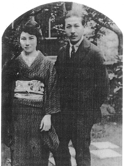 茅ヶ崎に移住した頃の山田耕筰(右)※冊子「ちがさきと山田耕筰」より