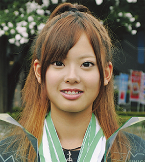 世界大会でトロフィー3個、メダル8個を獲得した佐藤さん