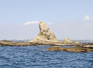 えぼし岩を間近に