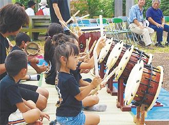 祭囃子では子どもたちの演奏姿も(写真は過去)