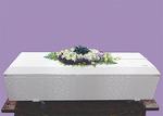 上記の花祭壇から棺上花を作成する。火葬場用と自宅用の花束も作成。お棺の中はお花で埋め尽くされる