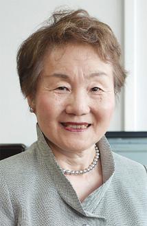 東京大学 高齢社会総合研究機構特任教授 の秋山弘子氏が講演