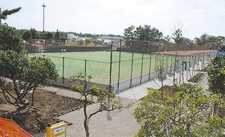 整備の最終段階に入った新庭球場