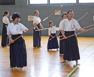 伝統武道に親しむ