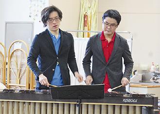 前田さんと藤原さん(左から)