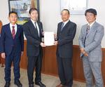 昨年11月に提出した会派の予算要望について、2月1日に佐藤光市長から回答がありました。