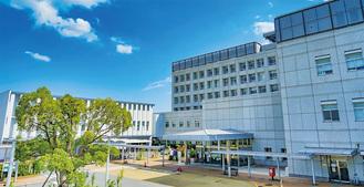 別棟も開設した市立病院