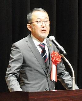 登壇した杉崎会長