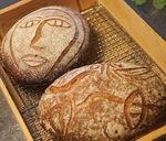 ▲小麦粉・塩・乳酸菌を長時間発酵させ作るライ麦カンパーニュ