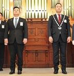 小林理事長(左)と次年度理事長の北川氏