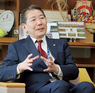 茅ヶ崎の魅力を語る佐藤市長