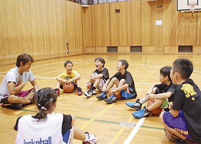 バスケと会話で交流