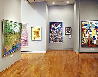 個性豊かな美術家協会展