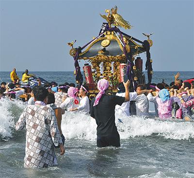 今年も浜降祭来たる