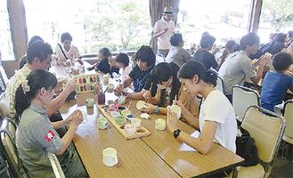 箱根で楽焼き体験