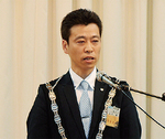 山本新理事長があいさつ