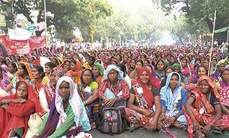 作品の一コマ。インド社会に生きる女性たちの息づかいが伝わってくる