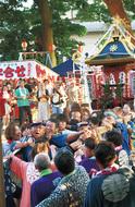 祭の賑わい上昇中