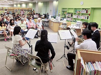 図書館で楽しむ音楽