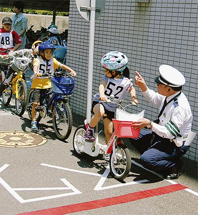 自転車事故ワースト10に